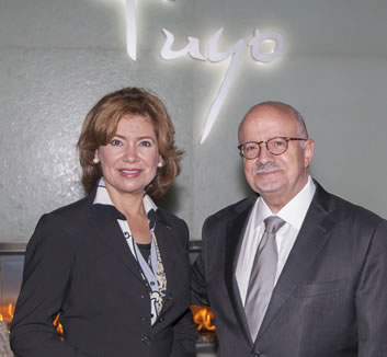 Maria Contreras-Sweet and President Padrón at MDC's Culinary Institute