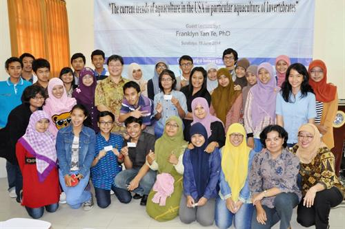 Indonesian students with Dr. Franklyn Tan Te