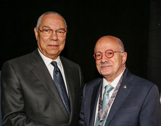 Former U.S. Secretary of State Colin Powell and President Padrón.