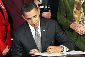 President Obama signs H.R. 838