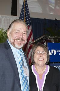 Modesto Abety-Gutiérrez and U.S. Undersecretary of Education Martha Kanter