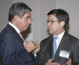 Costa Rican President Oscar Arias Sánchez and Luis Alberto Moreno, president of the Inter-American Development Bank